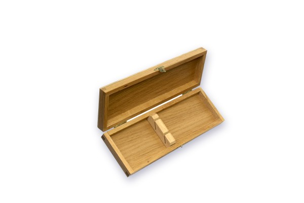 Collector's oak wood box for 2 knives